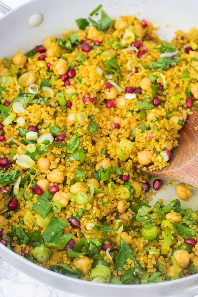 close up image of the quinoa with garnishes