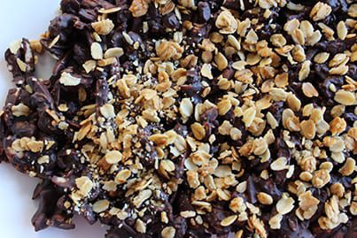 Chocolate-Granola-Nut-Bark