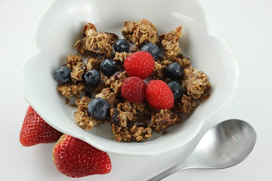 Granola-with-milk-1024x683