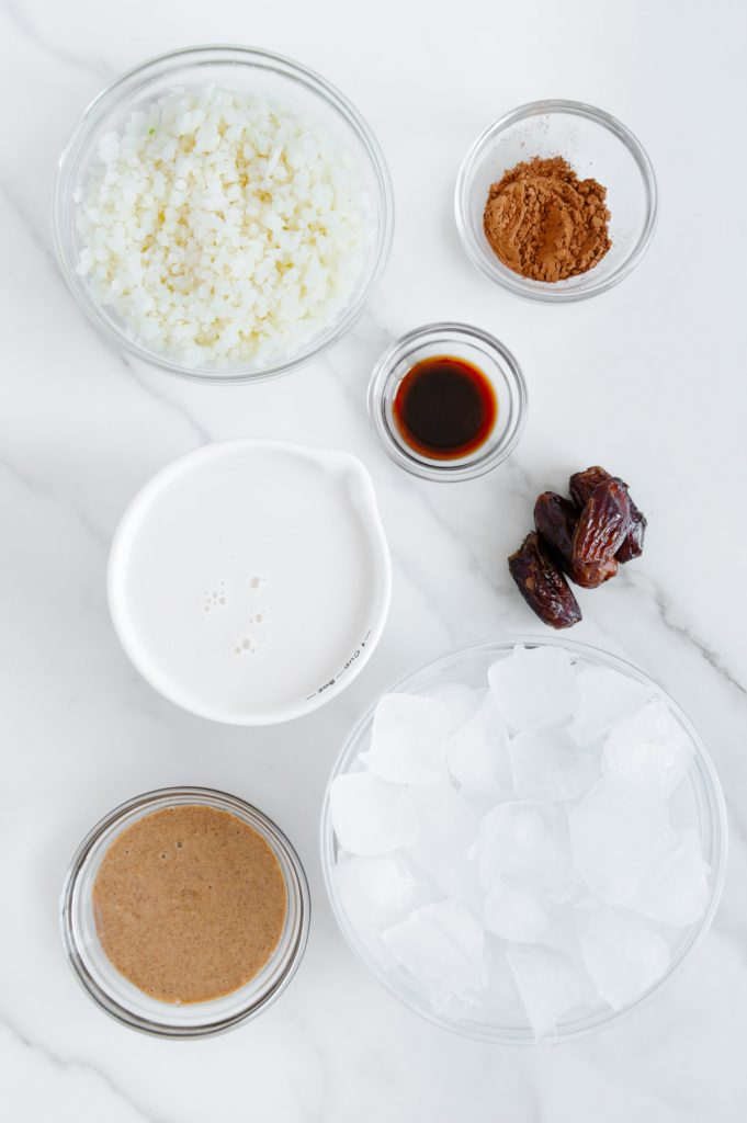 Almond Butter Cup Smoothie Ingredients