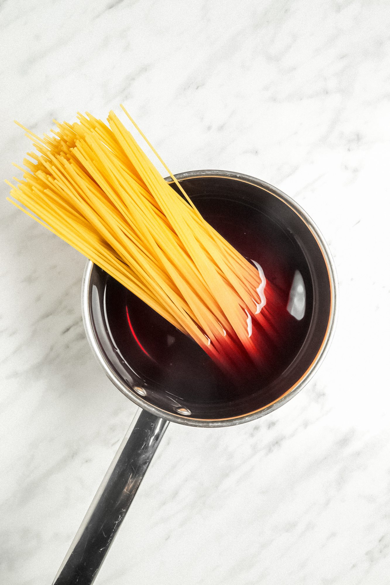 Pasta boiled in red wine
