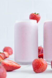 Sugar-Free Strawberry Milkshake