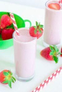 Vegan Healthy Strawberry Milkshake