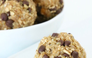 No Bake Quinoa Energy Bites