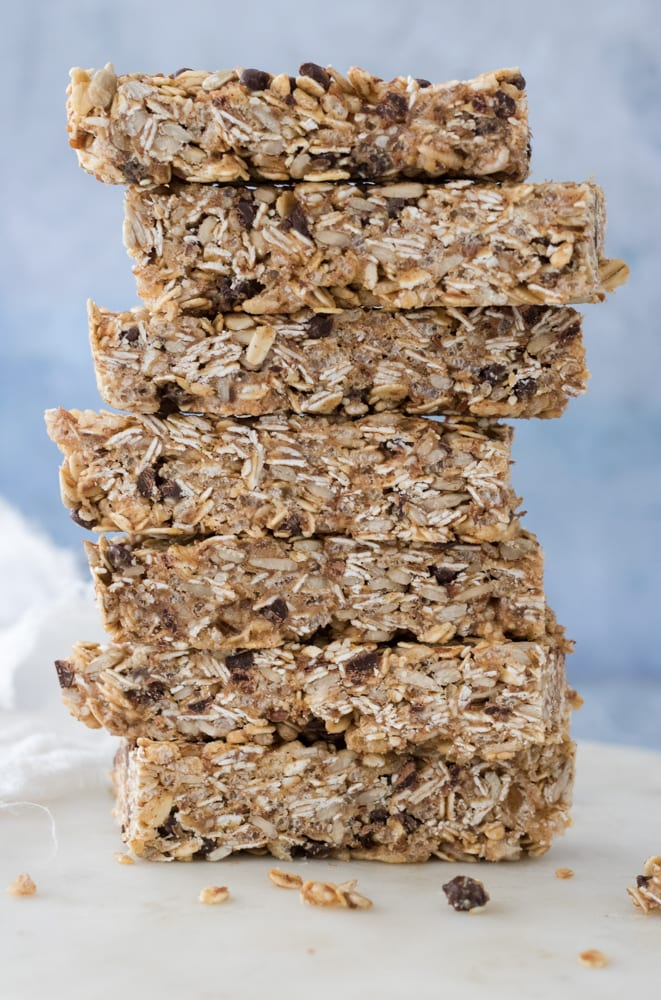 No-Bake Chewy Vegan Granola Bars gluten-free