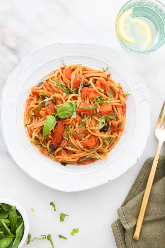 Chunky Tomato Basil Spaghetti