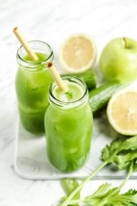 The Easiest Blender Green Juice
