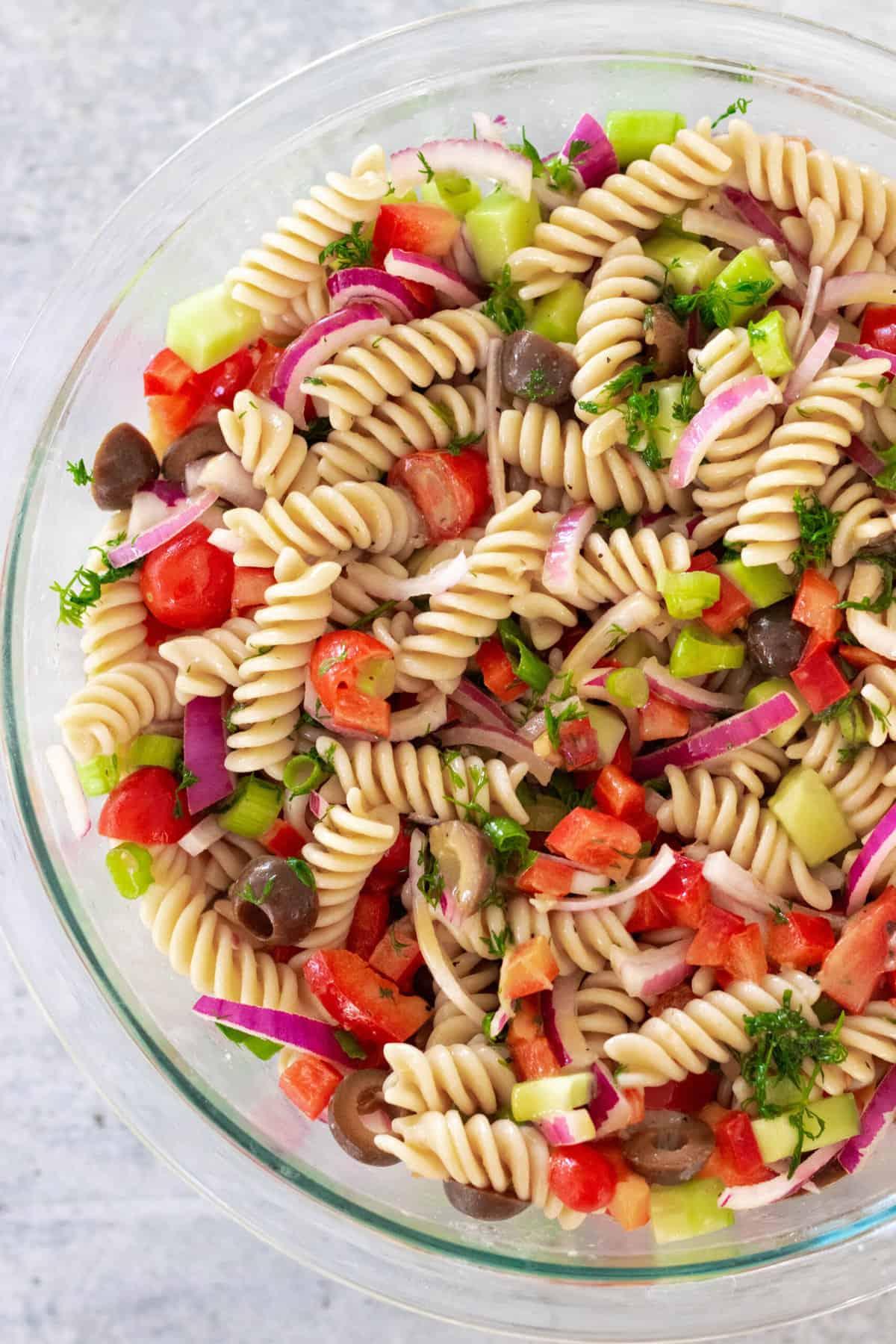 No-Mayo Mediterranean Pasta Salad