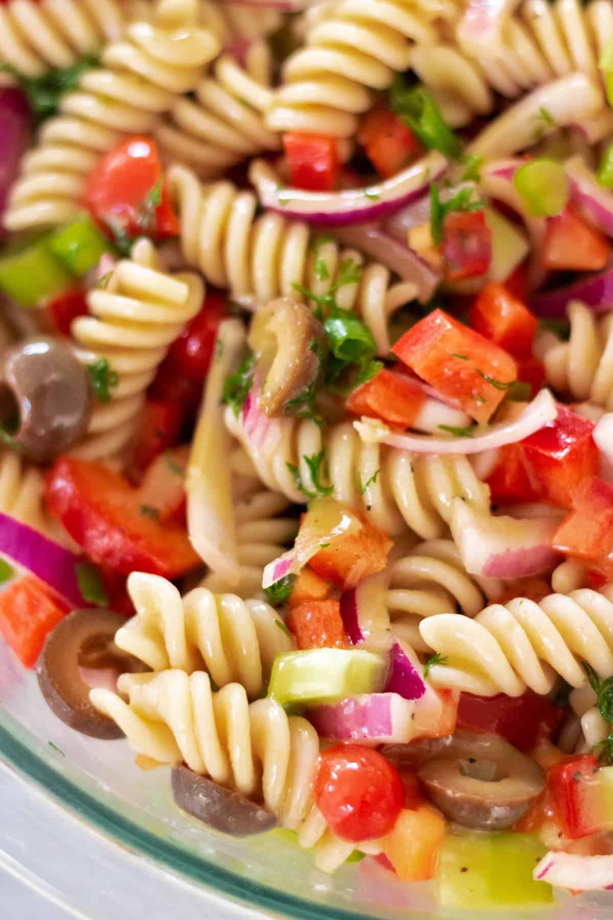 The Best Mediterranean Pasta Salad