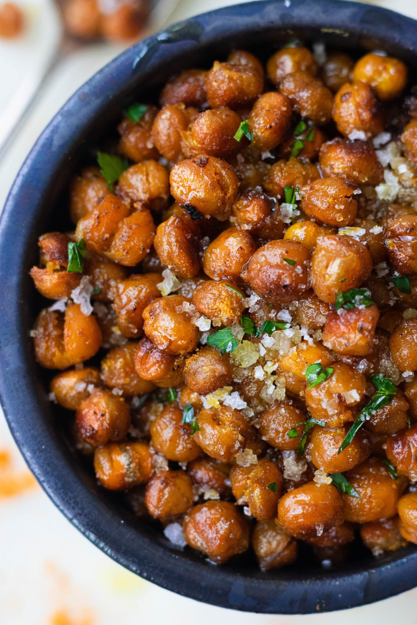 Oven Roasted Crispy Chickpeas