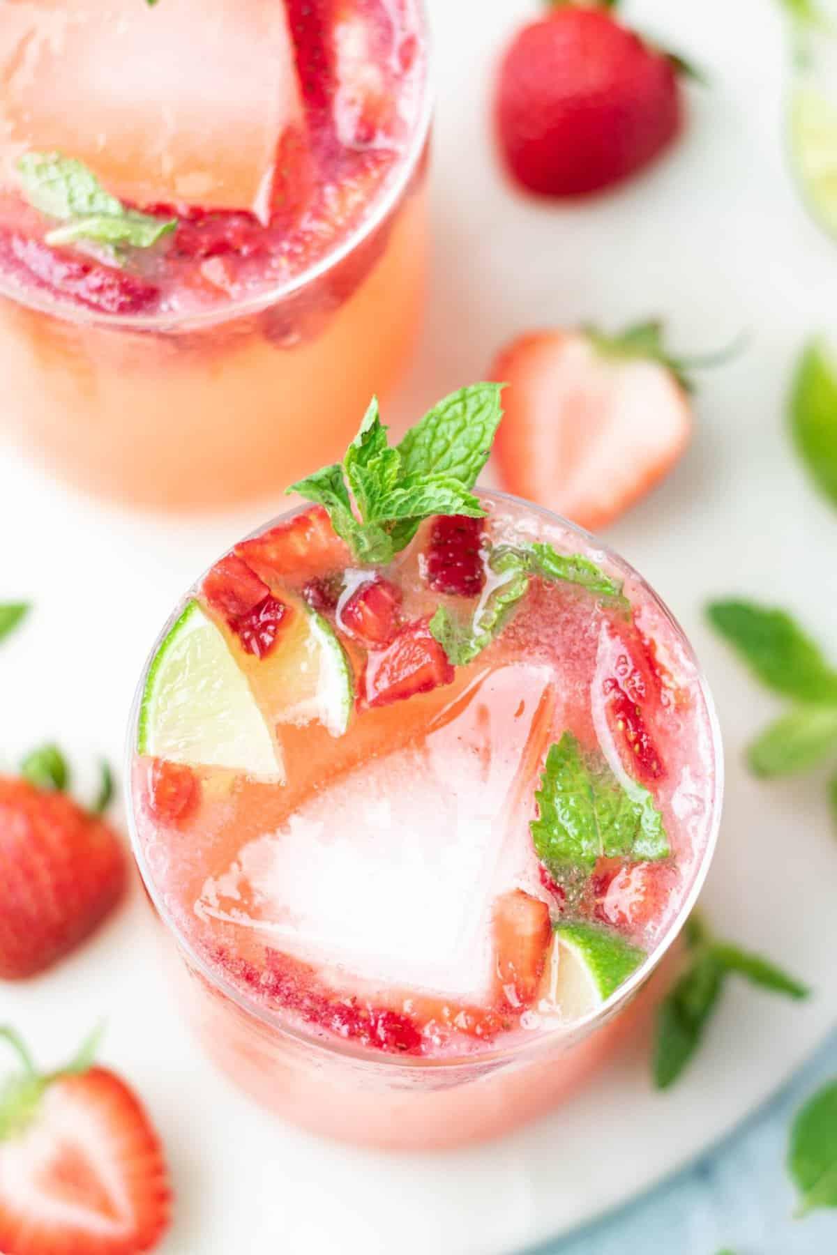 Strawberry Spritzers Recipe