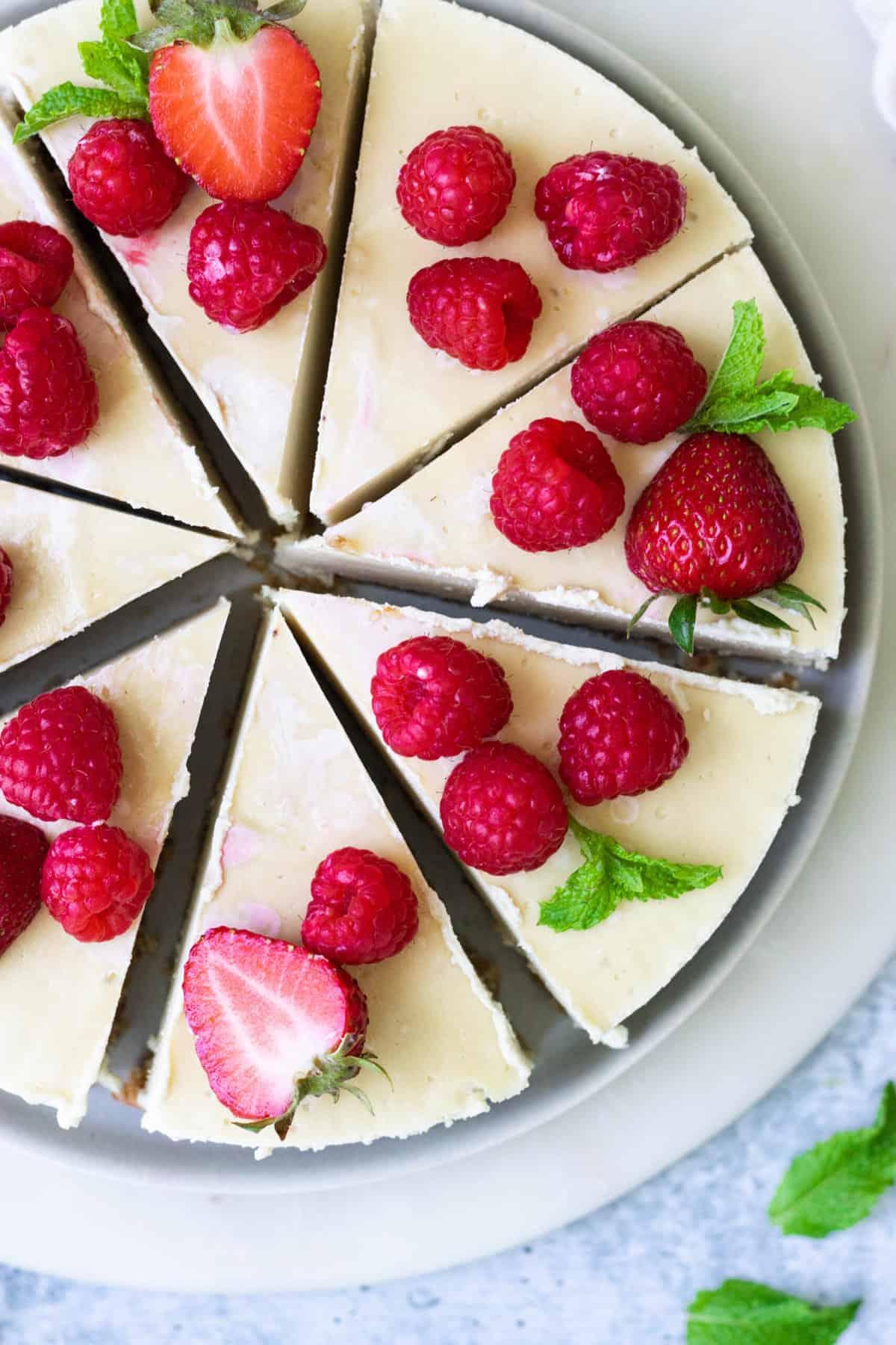 Easy Healthy No-Bake Cheesecake