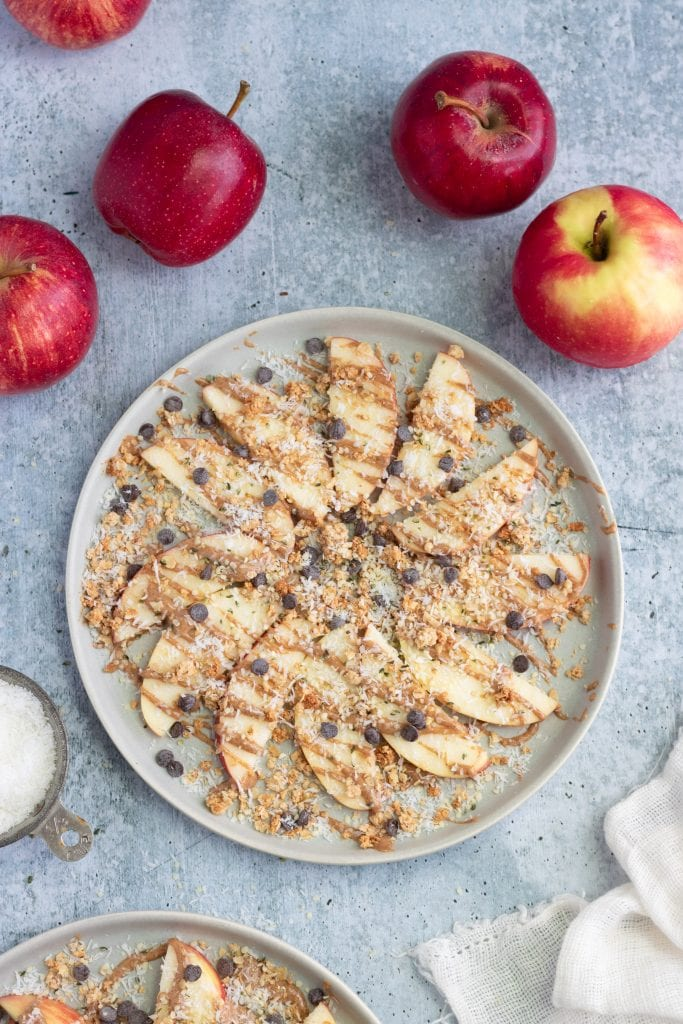 granola apple nachos