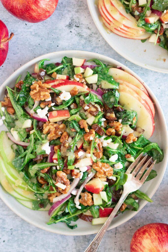 vegan apple arugula salad