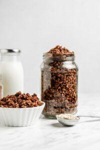 Easy Vegan Chocolate Granola