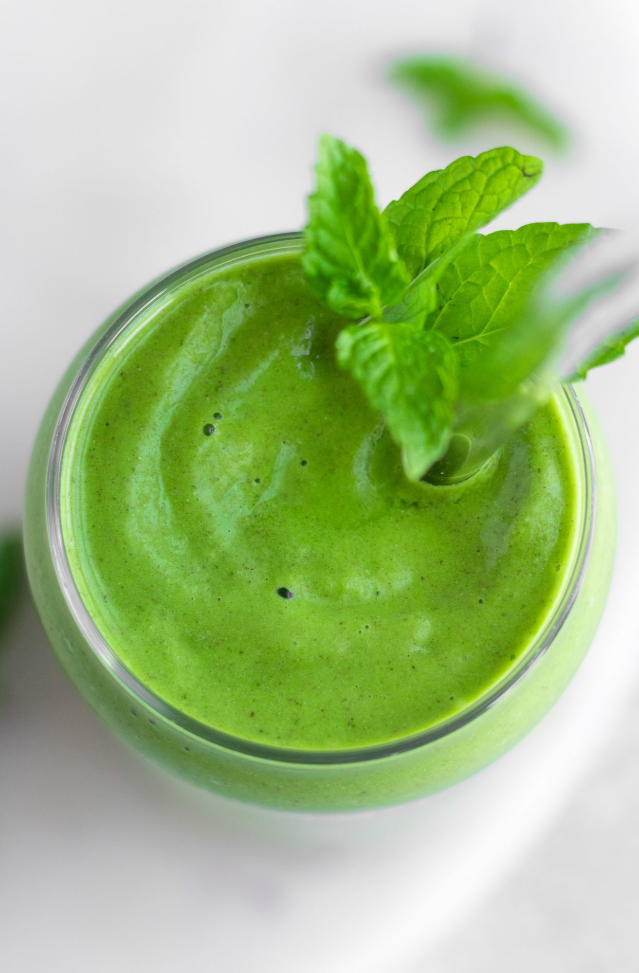Peppermint Kale Smoothie