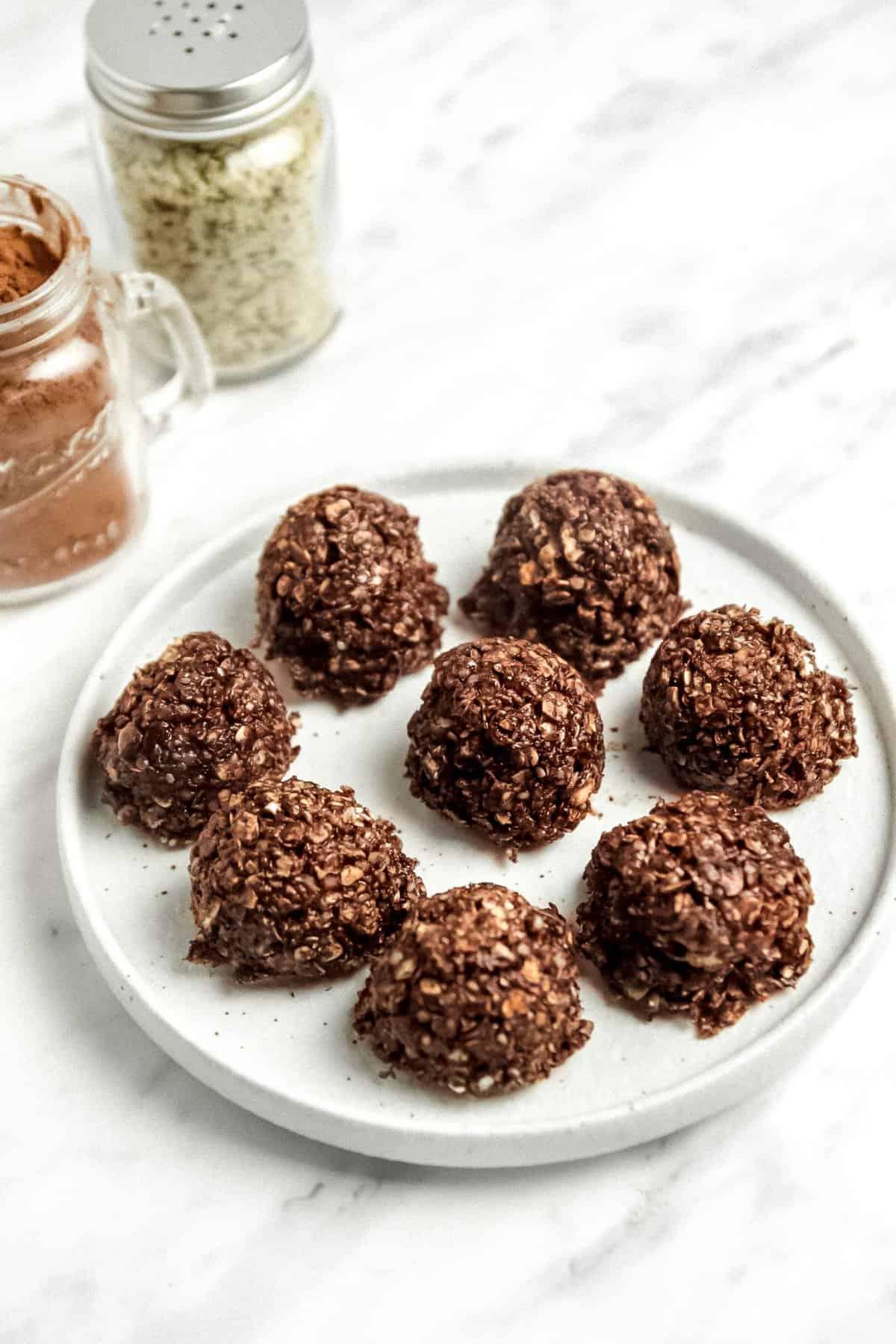 No-Bake Vegan Chocolate Hemp Balls