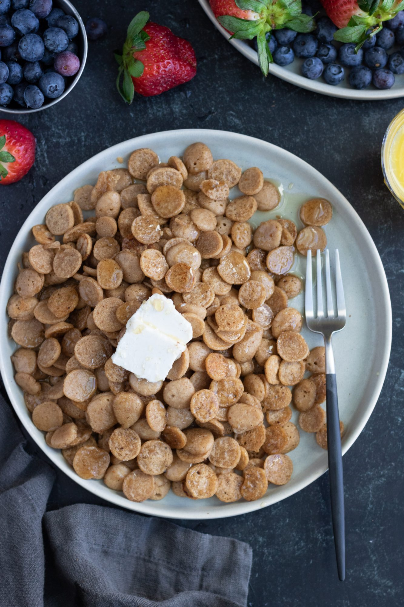 Quick and Easy Mini Pancakes Cereal (vegan, gluten-free, refined sugar-free)
