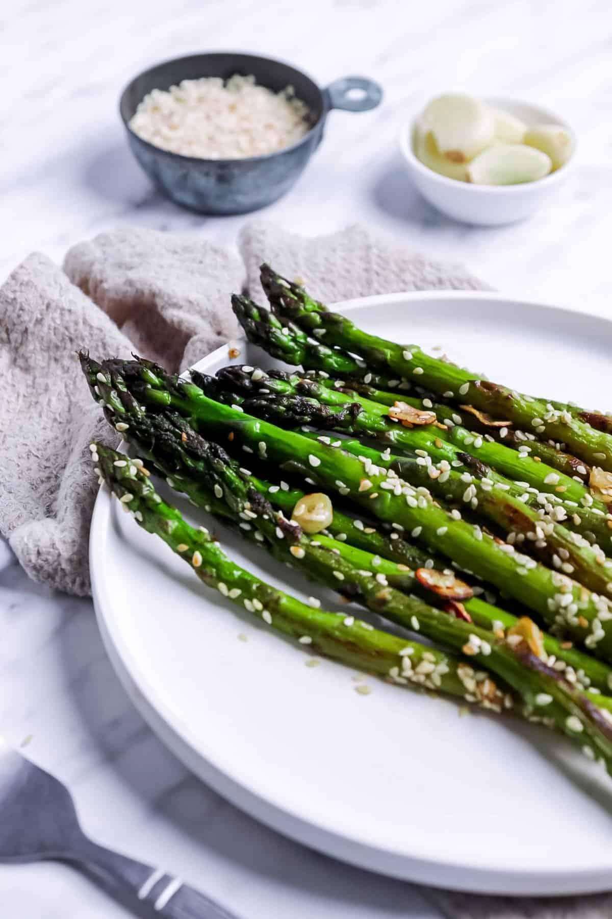 Easy Garlic Asparagus