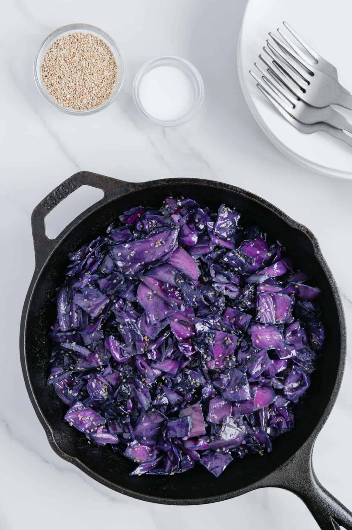 Sesame Garlic Cabbage