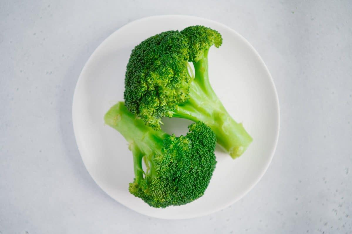 Pressure Cooker Steamed Broccoli