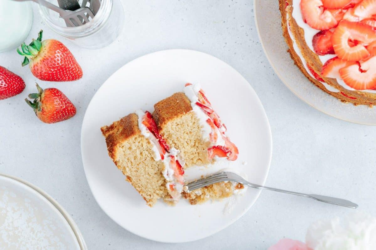 Best Vegan and Paleo Strawberry Shortcake