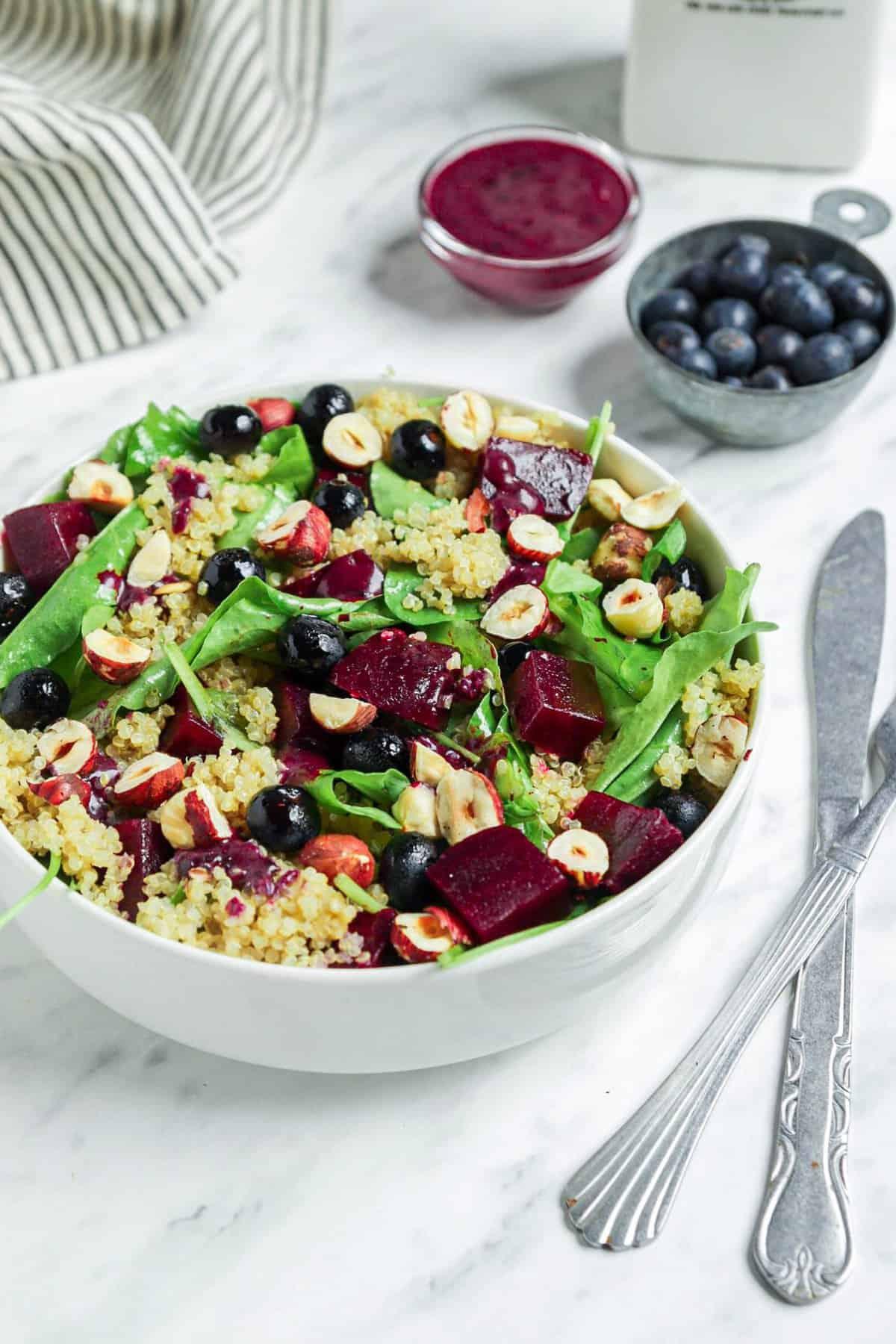 Vegan Spinach Quinoa Salad