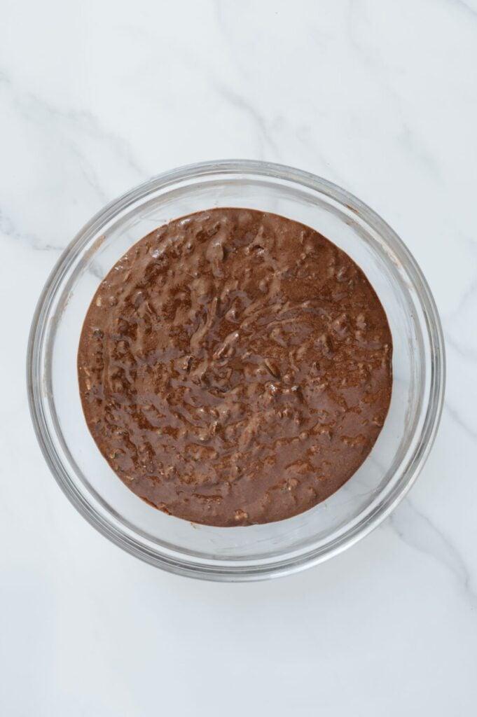 How to Make Chocolate Zucchini Muffins
