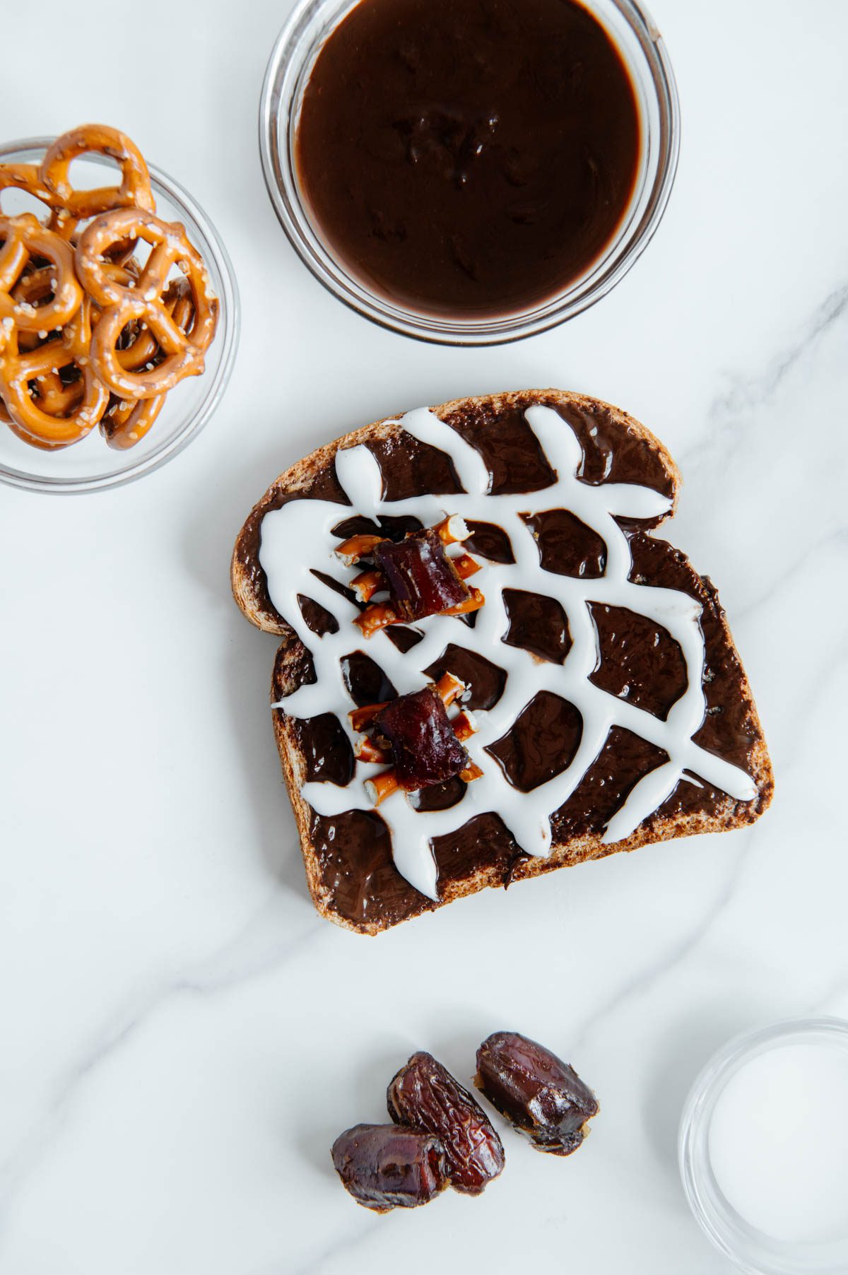 Edible Date Spiders