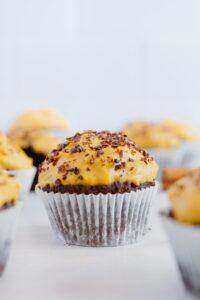 Easy Vegan Pumpkin Chocolate Muffins